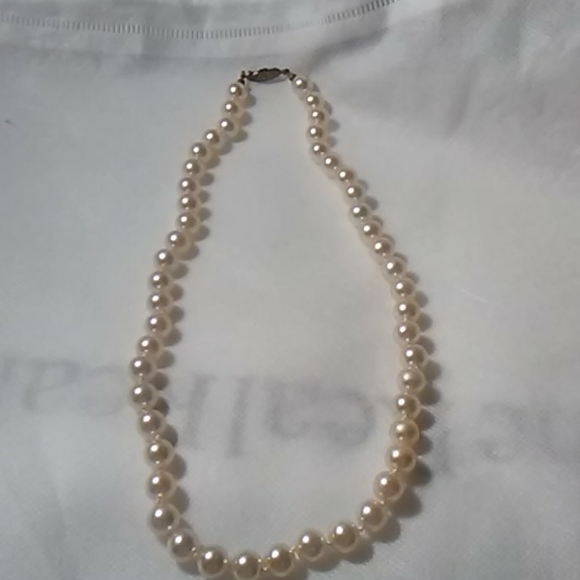 Pearl Jewelry - Vintage Classic Fresh Water Pearl Strand